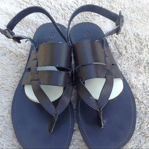 White mountain  brown leather sandal